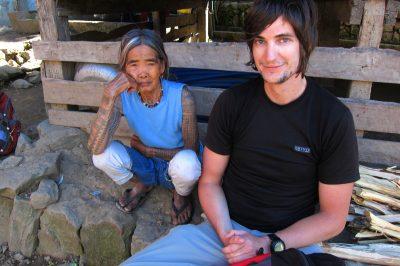 Luka z mojstrico tatujev razmišlja o morebitni tetovaži