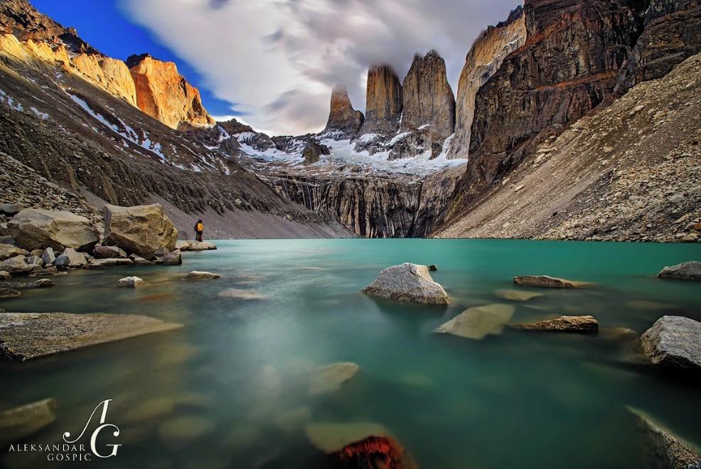 Laguna ob značilnih granitnih vrhovih Los Torres