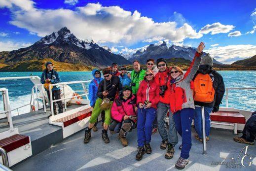 Treking Patagonija, jezero Pehoe v parku Torres del Paine