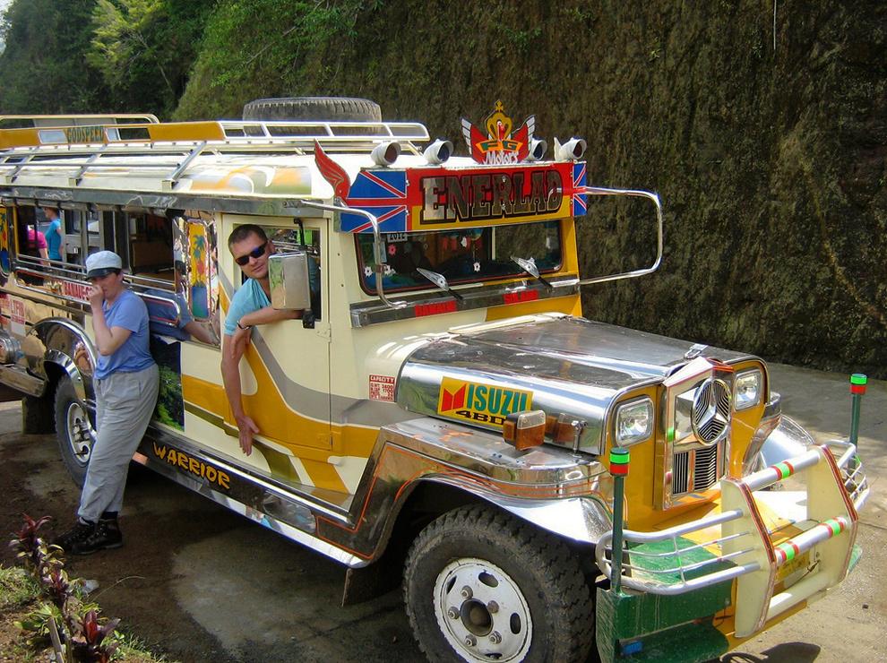 Z jeepnejem med riževimi terasami severnega Luzona