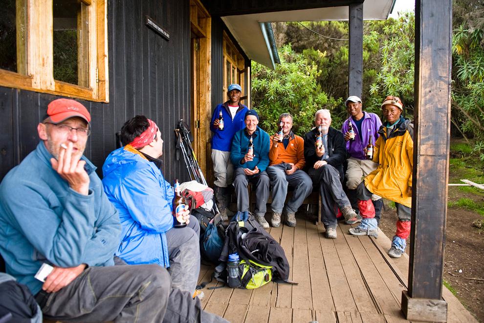 Tabor in koča Mweka ob sestopu iz gore. Lepi vtisi iz vrha Kilija se udejanijo še v Kilimanjaro piru :)