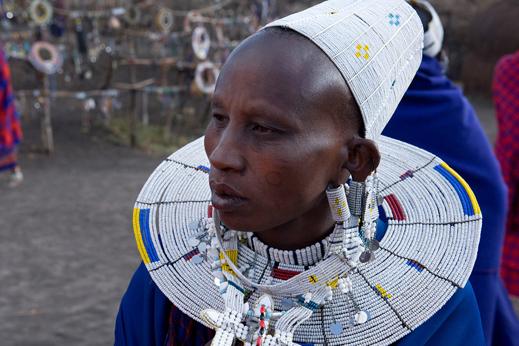 V Aruši in pokrajini pod najvišjo goro Afrike se srečamo z Masaji.