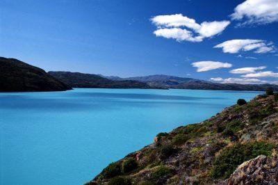 Turkizna barva jezer se zdi skoraj nerealna