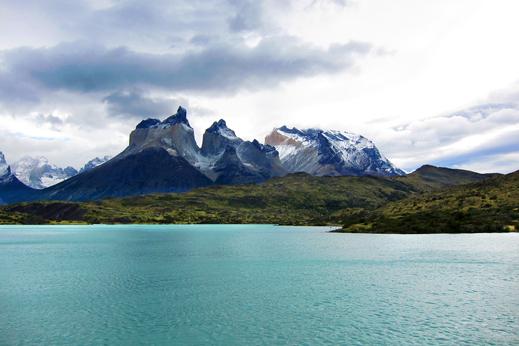 Pogled proti Los Cuernos del Paine, Torres del Paine