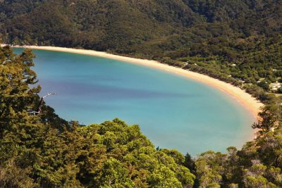 Zlatorumene plaže Abel Tasmana