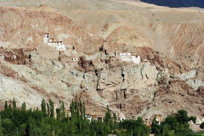 Namgial Tsemo, kompleks kraljevih palač in samostanov nad prestolnico  Leh.