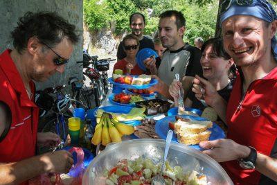 Črna gora s kolesom