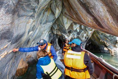 Marmorne jame na jezeru General Carrera